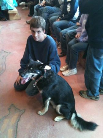 Cape Disappointment State Park : My son with one of Jeff's Alaskan Huskies.
