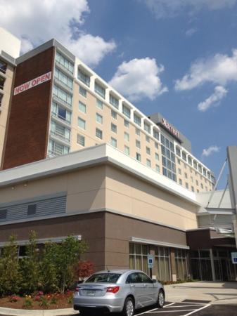 Louisville Marriott East : Exterior.