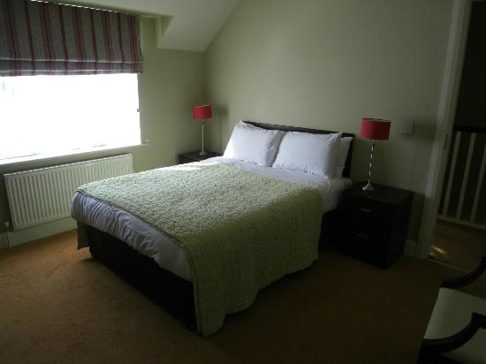Kenmare Bay Holiday Homes & Lodges: master bedroom