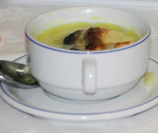 Le Monaco Residence Hotel & Spa : Vulgaire soupe d'oignon qui vous est imposée