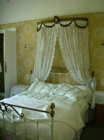 La Feriere : The master bedroom