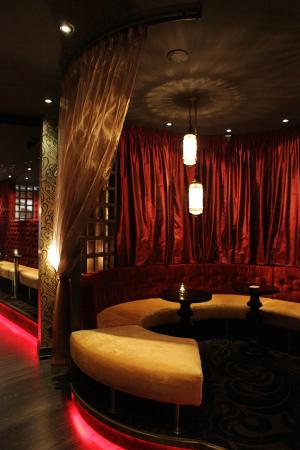 Ruby's Cinema: The Bar area