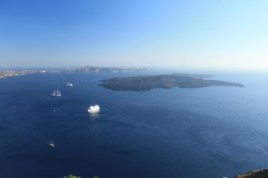 Avianto Suites: The view