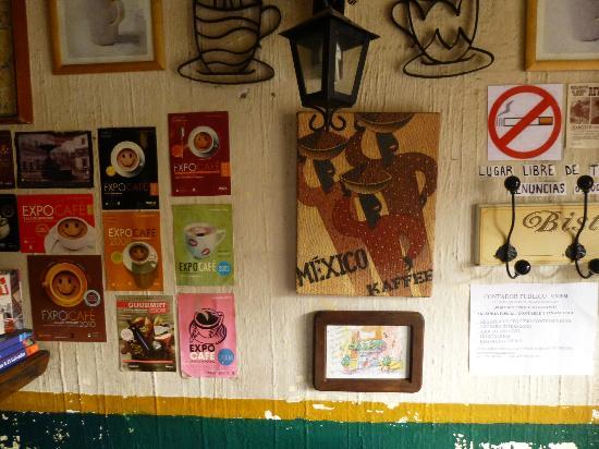 Cafe Conquistador: 室内2