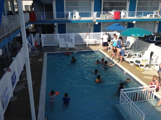 new expanded pool area at bird of paradise motel mj