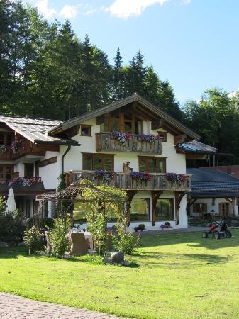 Berghotel Schlossanger Alp: Schlossanger Alp (wedding suite - top balcony)