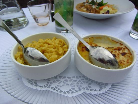 Berghotel Schlossanger Alp: Spatzle and creamed potatoes