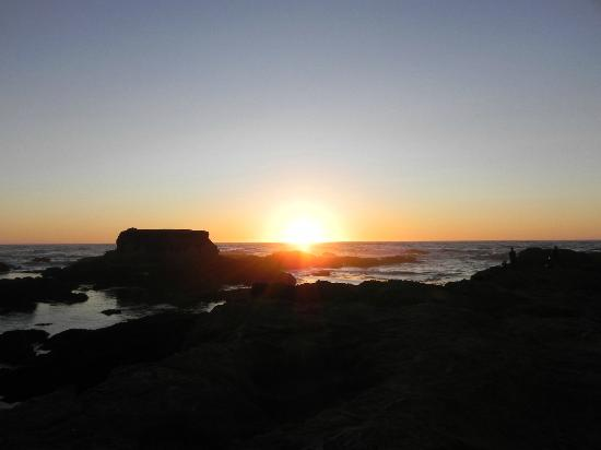 Glass Beach: Sunset