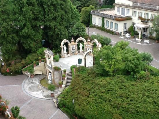 Grand Hotel Des Iles Borromees: Jardines