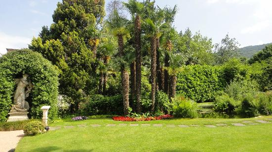 Grand Hotel Des Iles Borromees: Jardin hotel