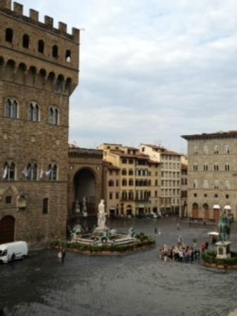 Residenza d'Epoca in Piazza della Signoria: My kind of view over coffee and breakfast.