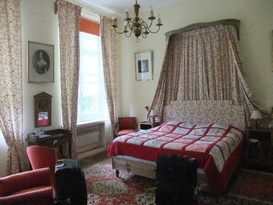 Le Chateau de Grand Rullecourt : our room