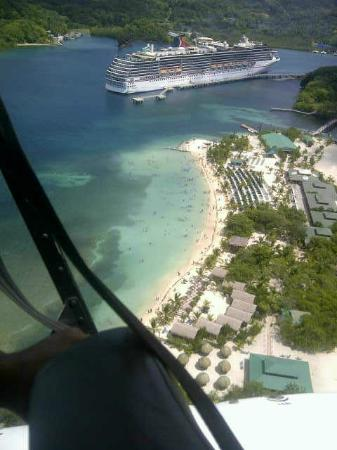 Roatan Helicopter Tours: air view