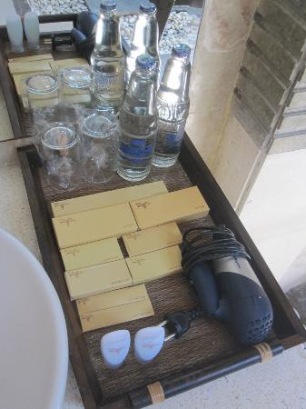 Tonys Villas & Resort: BATHROOM AMENITIES