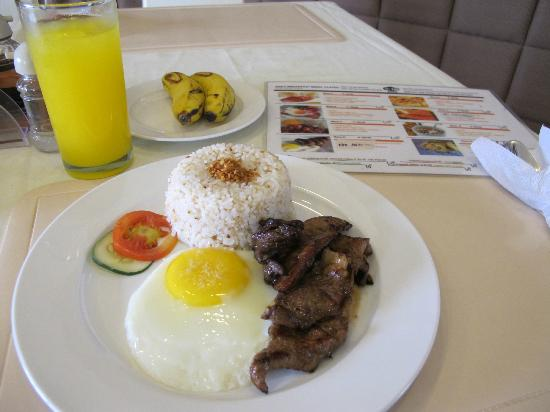 "Fuente Oro Business Suites: ""Free"" breakfast for 2"