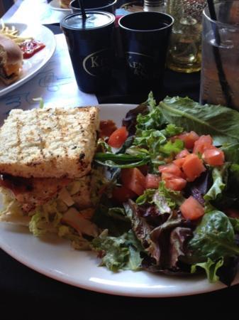 Asian chicken sandwich - Bild von Ken & Sue's, Durango - TripAdvisor