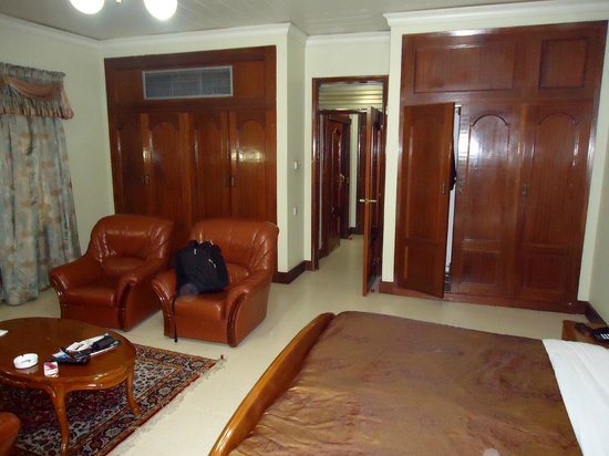 Grand Imperial Hotel : Large specious rooms