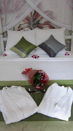Bermimpi Bali Villas: Bed
