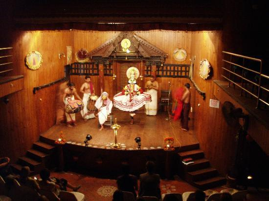 Green House Home Stay: Kathakali theatre