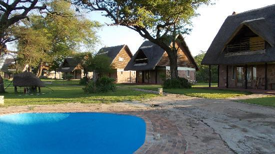 Ganda Lodge : S.pool