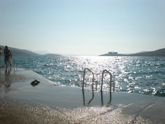 Aegean Garden: the sea