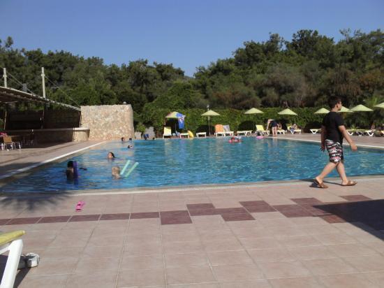 Denizati Holiday Village: Nice big pool, wasn't crowded