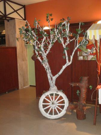 Denizati Holiday Village: A tree