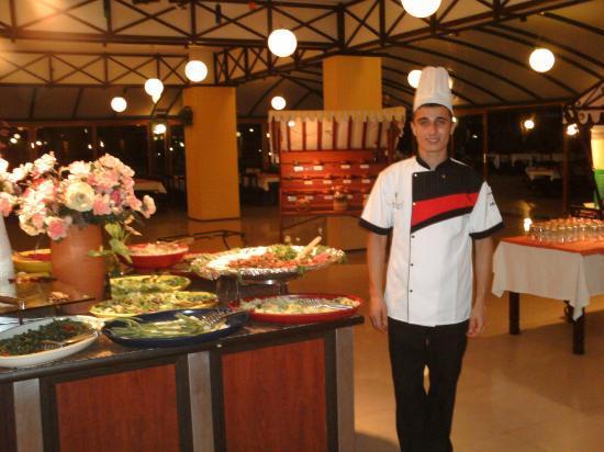 Denizati Holiday Village: The buffet
