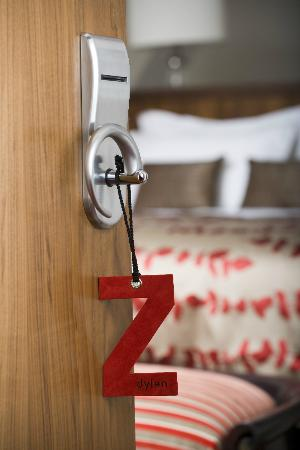 Dylan Hotel: Please Do Not Disturb