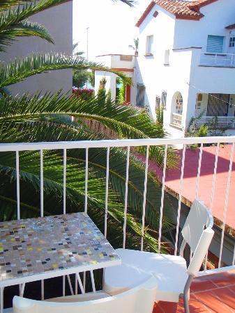 Hotel Los Globos: Вид с балкона