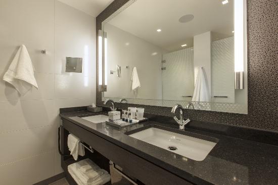 Hotel Dux: Bathroom Club Deluxe