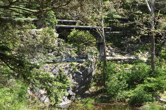 Manitoga / The Russel Wright Design Center: Dragon Rock, the house built into the hill at Manitoga