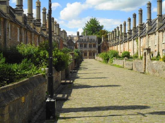 Vicar's Close: Vicars Close