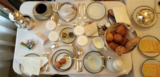 Hotel de Crillon : Premier plateau de petit déjeuner