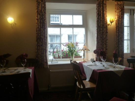 The George and Dragon: The dining room