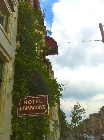 Hotel Rembrandt: Street view