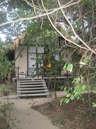 Uga Jungle Beach: My cabin and private deck