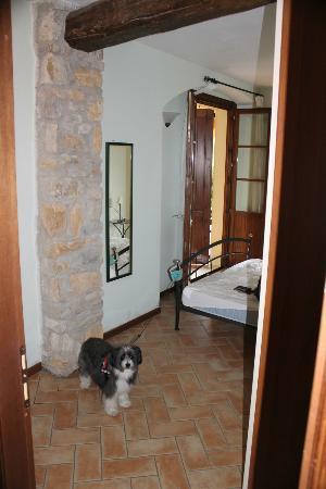 Santa Caterina Villa: Blick vom Durchgang Küche/Bad in Schlafbereich