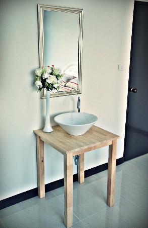ลิงค์คอร์เนอร์ โฮสเทล: Private double room with wash basin