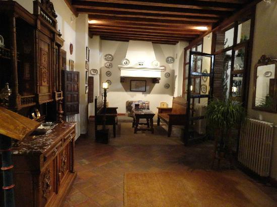 Exe Casa de Los Linajes: Hotel Lobby