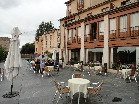 Exe Casa de Los Linajes: Hotel Balcony