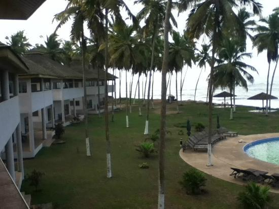 Elmina Bay Resort: Hotel Grounds