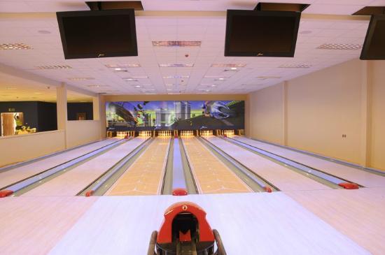 Gateway Leisure: bowling alley
