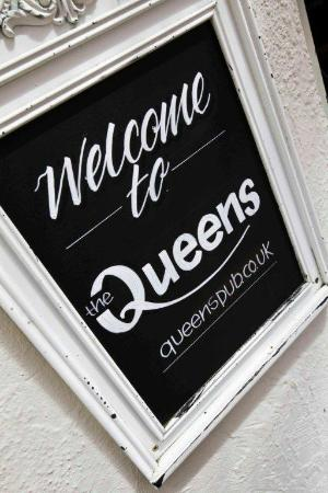 The Queens Head: A warm welcome