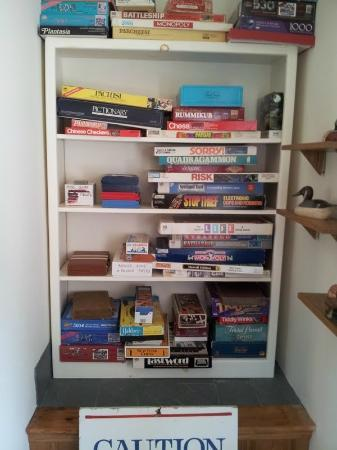 Wooden Duck B&B: games and games and games!