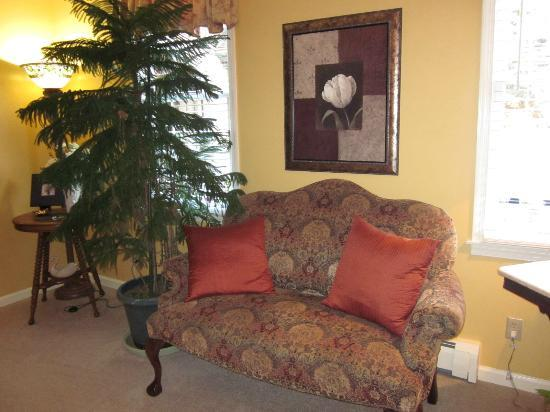 Annville Inn: Sitting area on first floor.