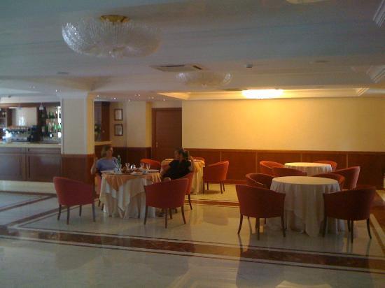 Hotel Restaurant Rossemi : colazione