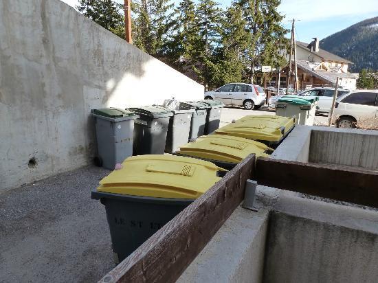FranceLoc Residence Le Saint Etienne : vue de la terrasse