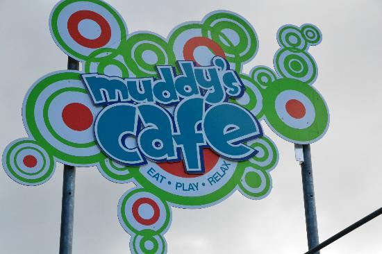 Cairns, Austrália: The cafe at Muddy's Playground