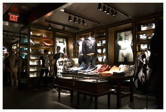 Abercrombie And Fitch Paris